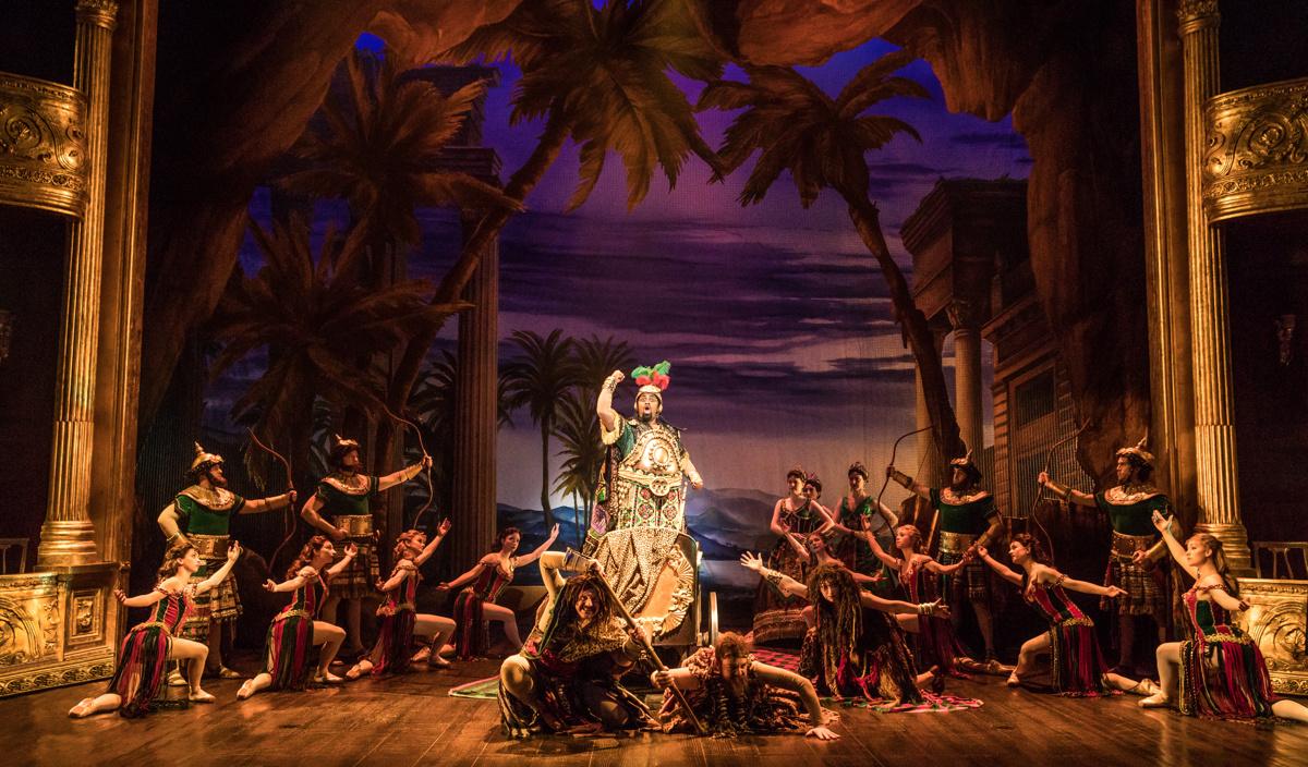 National Tour Show Photos: The Phantom Of The Opera
