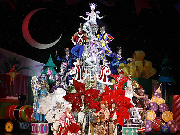Let's Get Dazzled! Tickets Now on Sale for Cirque Dreams Holidaze in Portland