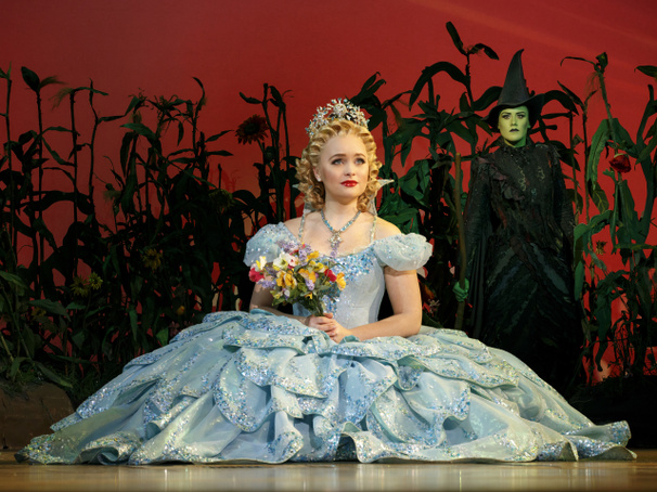 Tickets Now on Sale for High-Flying Hit Wicked in Houston