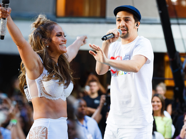 Watch Jennifer Lopez & Lin-Manuel Miranda Perform 'Love Make the World Go Round'