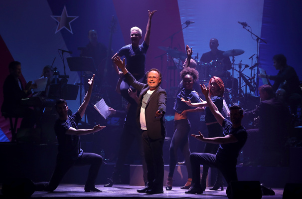 The evening's fabulous emcee: comedy king Billy Crystal!(Photo: Justin Sullivan/Getty Images)