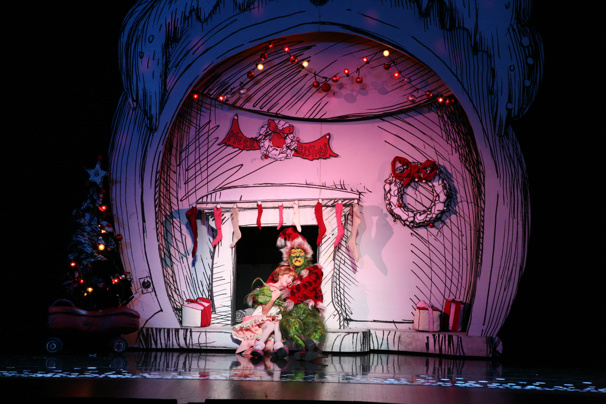 touring company of dr seuss how the grinch stole christmas the musical - Grinch Stole Christmas Lights