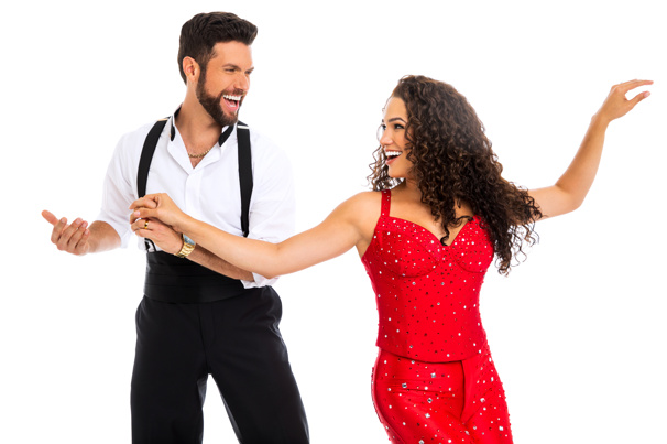 Mauricio Martinez as Emilio Estefan & Christie Prades as Gloria Estefan, On Your Feet! © Matthew Murphy