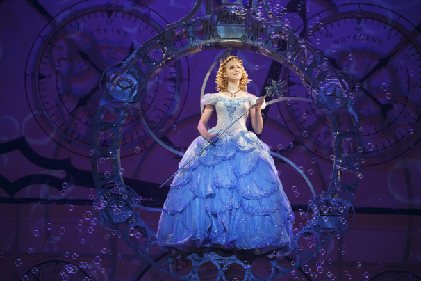 Ginna Claire Mason as Glinda in the national tour of Wicked