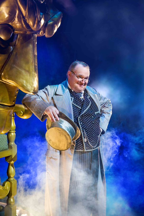 Tom McGowan as The Wizard in the national tour of Wicked