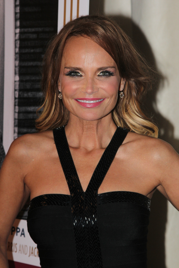Odds & Ends: Kristin Chenoweth Will Appear as Guest Judge on RuPaul's Drag Race & More