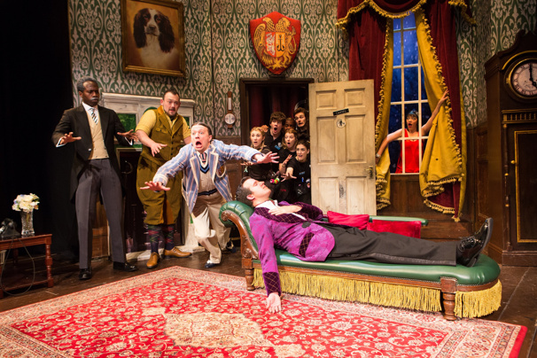 London Odds & Ends: The Play That Goes Wrong to Welcome New West End Stars & More