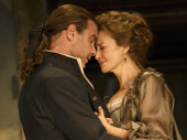 Liev Schreiber as Le Vicomte de Valmont and Janet McTeer as La Marquise de Merteuil in Les Liaisons Dangereuses.