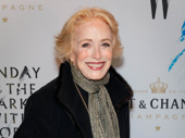 Actress and playwright Holland Taylor wows in golden gloves.