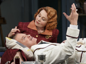 Kate Burton as Liz Essendine and Kevin Kline as Garry Essendine in Present Laughter.