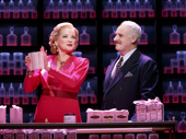 Christine Ebersole as Elizabeth Arden and John Dossett as Tommy Lewis in War Paint.