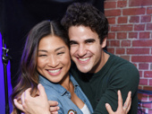 We're Glee-king out over this adorable photo of Jenna Ushkowitz and Darren Criss.(Photo: Jenny Anderson/Getty Images)