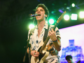 Darren Criss rocks out.(Photo: Jenny Anderson/Getty Images)
