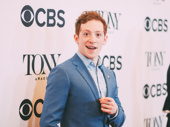Ayyy! SpongeBob SquarePants Tony nominee Ethan Slater hits the red carpet.
