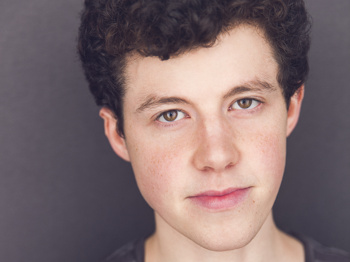A Good Day! Newcomer Adam Langdon Will Lead The Curious Incident of the Dog in the Night-Time Tour