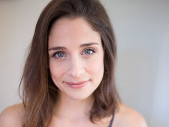 Elena Shaddow Will Lead the National Tour of Rodgers + Hammerstein's The King and I