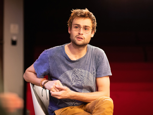 Rising Star Douglas Booth on Returning to the London Stage in A Guide for the Homesick, His Broadway Girlfriend and More