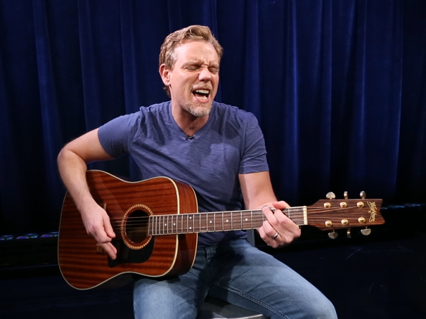 It's Really the Best! Watch Something Rotten! Star Adam Pascal Give 'Hard to Be the Bard' the Acoustic Treatment