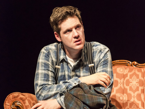 Michael Esper on Playing Tom in London's Glass Menagerie, Working with David Bowie and Sting & His NYC Plans