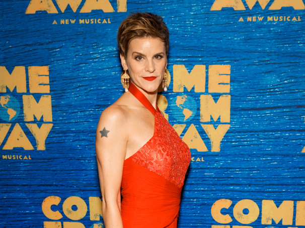 Come From Away Tony Nominee Jenn Colella Is Broadway.com's Next Vlogger