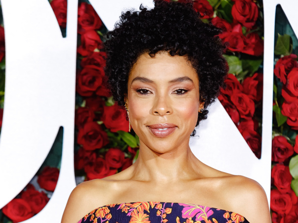 Odds & Ends: Tony Winners Sophie Okonedo & Ralph Fiennes to Lead Antony and Cleopatra in London & More