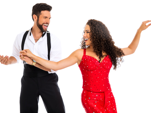 Let's Conga! Casting Complete for the On Your Feet! Tour