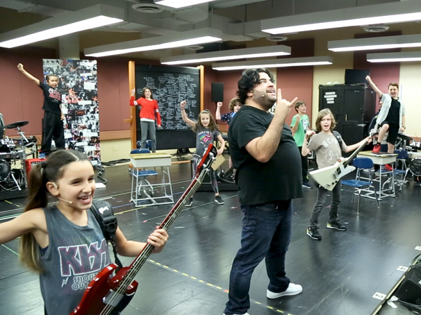 Sound Check! Watch Rob Colletti & the Cast of the School of Rock Tour Jam Out in Rehearsal