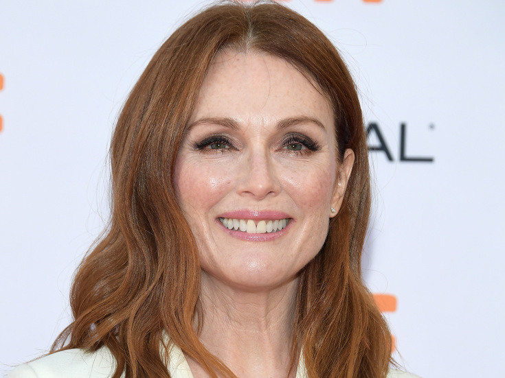 Julianne Moore to star in Gloria Steinem biopic