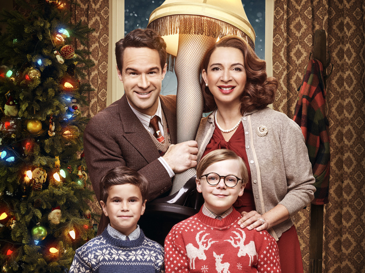 chris diamantopoulos maya rudolph tyler wladis andy walken in a promo shot for a christmas story live photo tommy garciafox - A Christmas Story Soundtrack