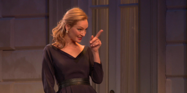 Dig in to the Juicy Po... Uma Thurman Broadway