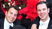 article-photos/top-story/gaywedding-th_1.jpg
