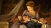 Janet McTeer as La Marquise de Merteuil and Liev Schreiber as Le Vicomte de Valmont in Les Liaisons Dangereuses.