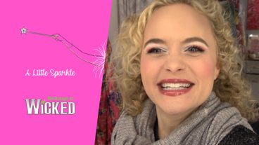Backstage at Wicked with Amanda Jane Cooper, Episode 2: Getting Ready