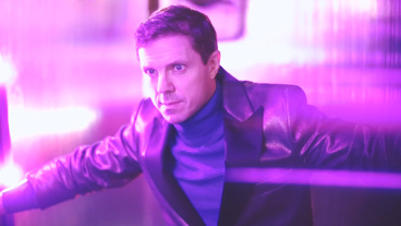 The Broadway.com Show: Go Behind-the-Scenes with Kinky Boots' Jake Shears at a Colorful Photo Shoot
