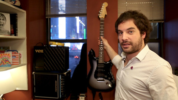 The Broadway.com Show: School of Rock Frontman Justin Collette Shows Off His Five Favorite Things