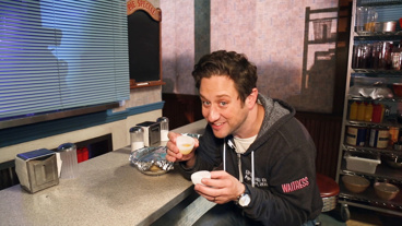 The Broadway.com Show: Dig in to These Five Waitress Secrets with Christopher Fitzgerald
