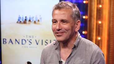 The Broadway.com Show: Tony-Nominated Director David Cromer on Creating the Quiet, Moving World of The Band's Visit